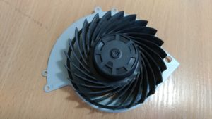 Чистый вентилятор PS4